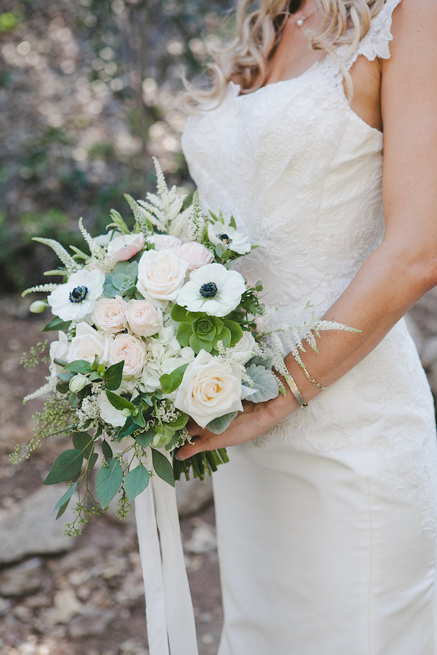 July 4th wedding inspiration. Beautiful flower ideas!